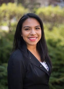 """I Chose North Park: """"Christian university with a personal touch,"""" Carmen Velazquez-Alvarez C'16"""
