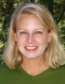 Calla Holmgren, Pre-Med alumnus