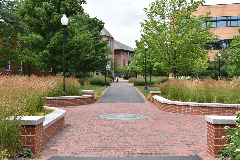 Jonkoping University Pathway featured image background